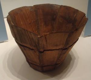 Bodenfund einer Daubenschale aus Nürnberg, 15. Jh., Fichtenholz. HG 12182, Germanisches Museum Nürnberg.